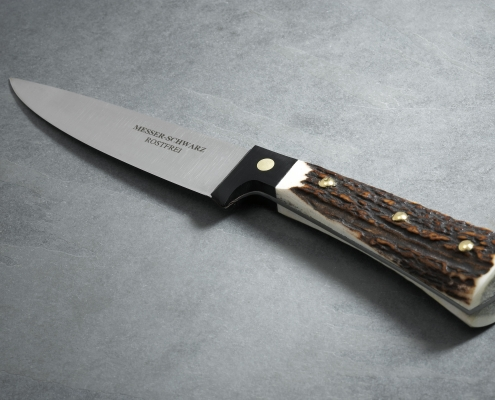 Jagdmesser Hirschhorn mit schwarzem Beschlag